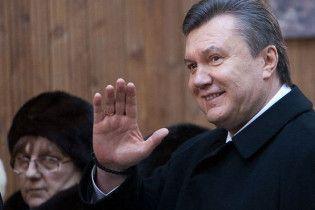 Жители села Януки: Янукович такой же хороший и умный, как Лукашенко