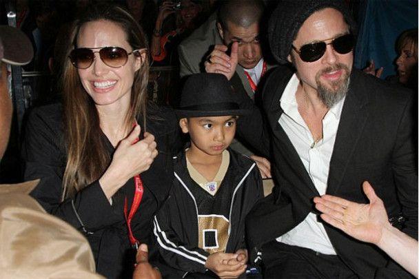 Джоли считает, что Джонни Депп сексуальнее Бреда Питта