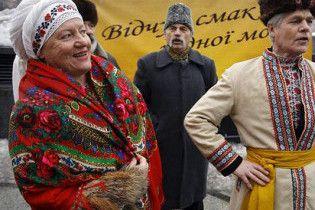 Украинцы Москвы недовольны, что им хотят запретить носить вышиванки