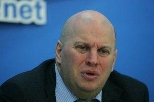 Бродский хочет заменить транспортный сбор акцизом на бензин