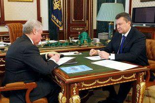 Янукович наградил Медведько орденом Ярослава Мудрого
