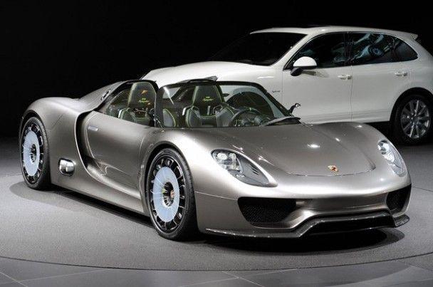 Окно в будущее: 60 мировых премьер автосалона в Женеве