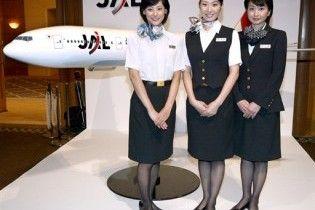 На униформу стюардесс установят датчики для защиты от фетишистов