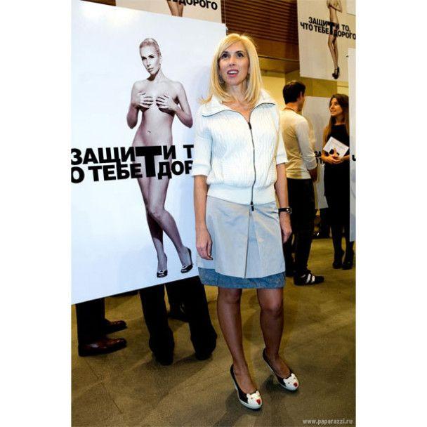 57-летняя Дарья Донцова разделась ради борьбы с раком