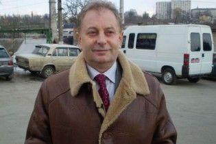 Житомирский бизнесмен отрицает, что стрелял в школьника из своего особняка
