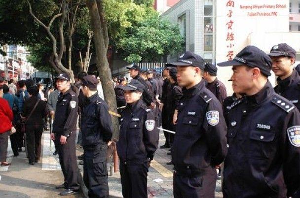 Бывший врач зарезал восьмерых детей в китайской школе