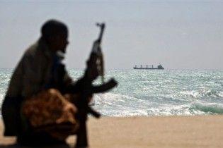 У берегов Сомали пираты захватили судно с 12 украинцами