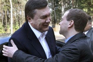 Янукович и Медведев поговорят о газе в Вашингтоне