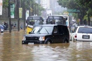 Рекордное наводнение в Польше: Украина отправила спасателей с насосами