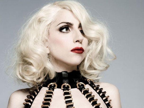 Lady GaGa набрала миллиард просмотров на YouTube