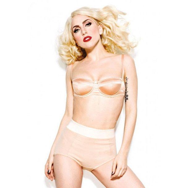 Lady GaGa станет колумнисткой модного журнала