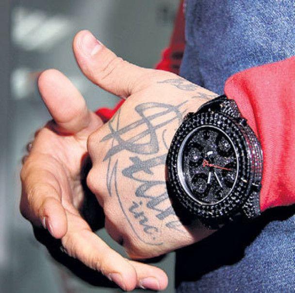 Тимати купил часы из редкого черного золота