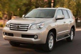 Toyota приостановила продажи внедорожника Lexus из-за дефекта