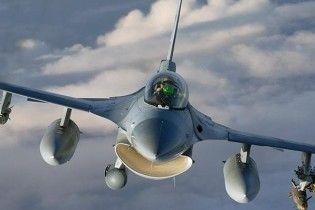 Вулканический пепел повредил двигатели истребителей НАТО