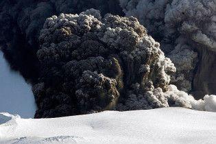 Из-за вулканического облака в Европе отменили 900 авиарейсов