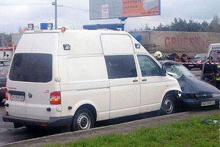Янукович приказал расследовать аварию с его кортежем