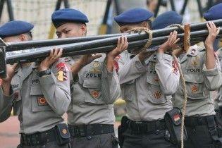 В Индонезии запретили служить в полиции мужчинам с увеличенным пенисом