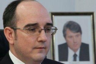 Азаров уволил руководителей государственных банков