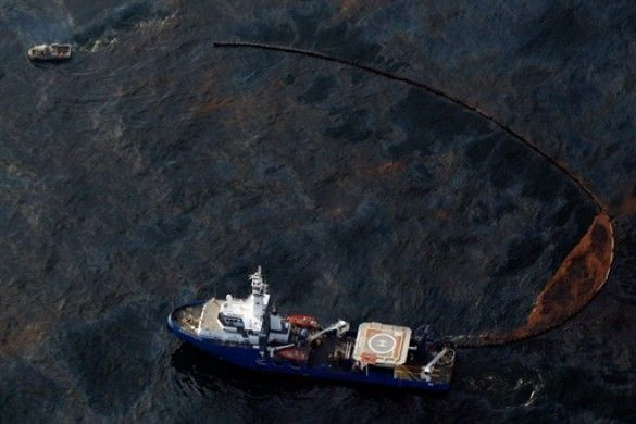 Нафтова пляма в Мексиканській затоці