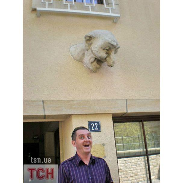 Дядя Жора повел жену в секс-музей