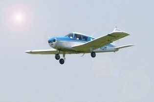 Турист спровоцировал авиакатастрофу, зарезав пилота