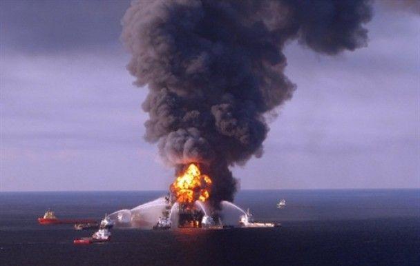 """Катастрофа в Мексиканском заливе стала для американцев """"нефтяным Чернобылем"""""""