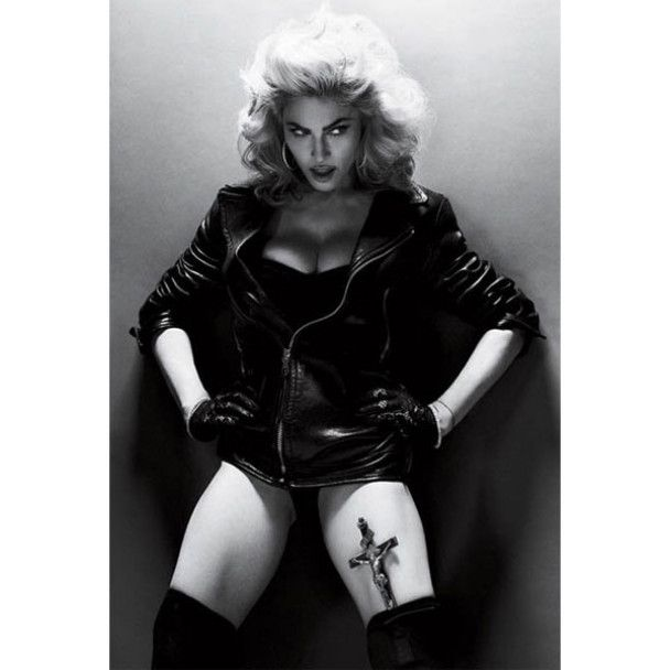 Мадонна показала свое тело без фотошопа
