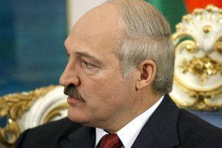 """Лукашенко пообещал """"не ползать на коленях"""" перед Россией"""