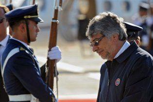 Президента Парагвая обязали сдать тест на отцовство