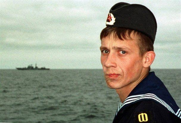 """10 лет со дня гибели """"Курска"""": причина взрыва так и осталась тайной"""
