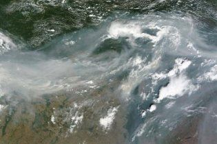Угарный газ от российских пожаров накрыл все северное полушарие