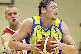 Украина празднует первую победу на Евробаскете-2011