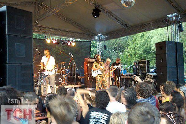 "Гурт Madness ""запалив"" на фестивалі ""Sziget-2010"""
