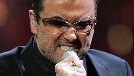 Джорджа Майкла знову звинувачують у зберіганні наркотиків