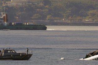 У Бразилії літак впав у море