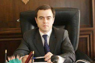 Азаров уволил главу Госпотребстандарта