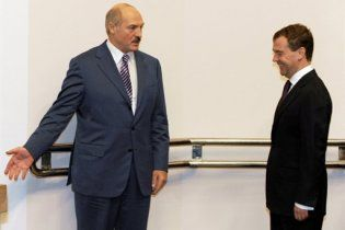 Лукашенко не привітав Мєдвєдєва з днем народження