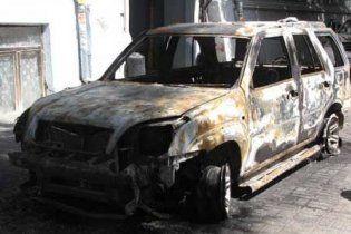 У центрі Одеси спалили джип