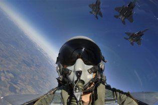 У США в повітря підняли винищувачі через помилкову загрозу Обамі