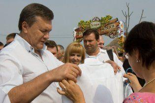 Янукович відмовився говорити про подорожчання газу для населення