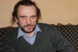 Писателя Олеся Ульяненко похоронили на Байковом кладбище