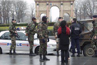 Во Франции арестовали 12 потенциальных террористов