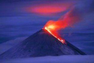 На Камчатці прокинувся гігантський вулкан