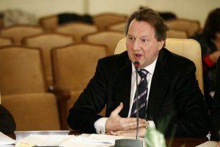 Міліцію звинуватили в побитті затриманого чиновника Черновецького