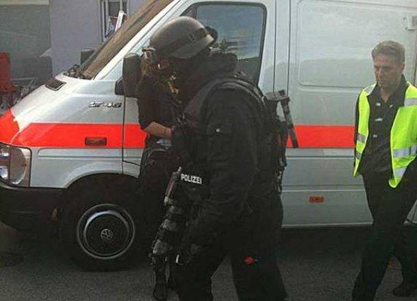 В Швейцарии 67-летний мужчина заперся дома и открыл стрельбу по полиции
