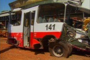 У Бразилії автобус зіткнувся з потягом: є жертви