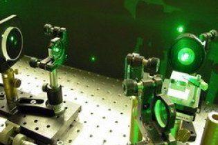 Фізики навчилися рухати предмети не торкаючись їх