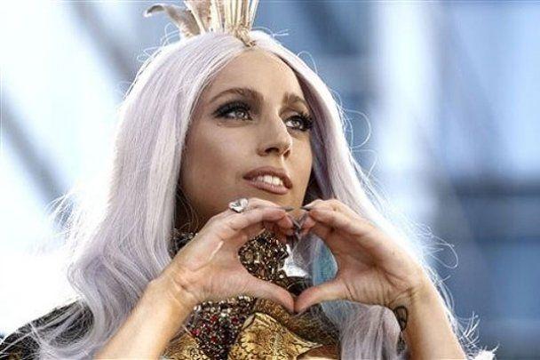 Lady GaGa заспіває дуетом із Шер
