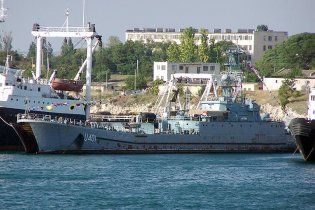 В Крыму на десантном корабле взорвались снаряды: есть пострадавшие