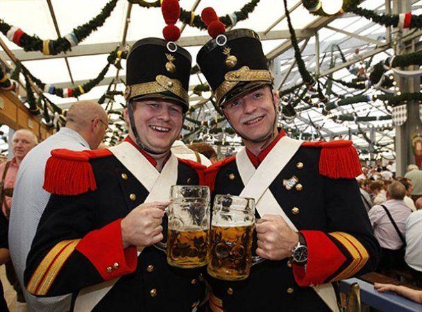 "Ювілейний фестиваль пива ""Октоберфест-2010"""